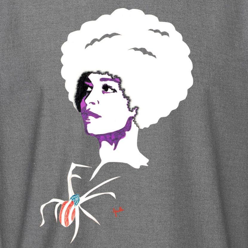 Détail du t-shirt white denim panel inspiré de Evelyne Axell